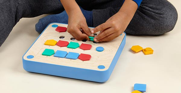 The Cubetto from Primo Toys combines old fashioned wooden block toys ...